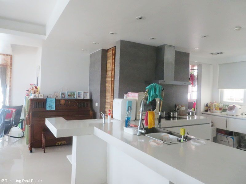 Fully furnished 3 bedroom apartment for sale in E5 Ciputra, Tay Ho, Hanoi 5