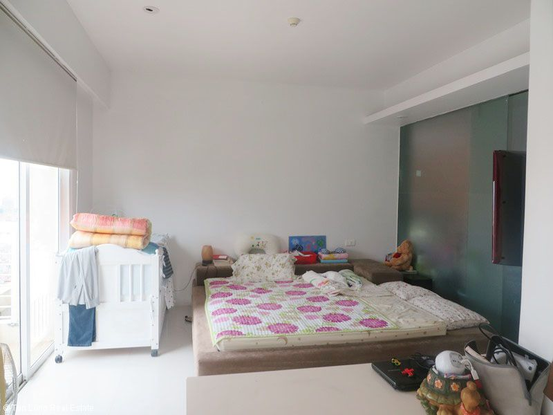 Fully furnished 3 bedroom apartment for sale in E5 Ciputra, Tay Ho, Hanoi 2