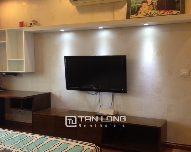 Fully furnished 3 bedroom apartment in E5 Ciputra to sell 2