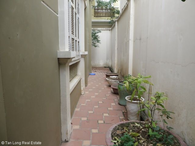 Fully furnished 4 bedroom villa for rent in T7 Ciputra, Bac Tu Liem district, Hanoi 10