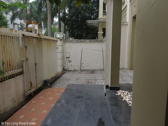 Fully furnished 4 bedroom villa for rent in T7 Ciputra, Bac Tu Liem district, Hanoi 1