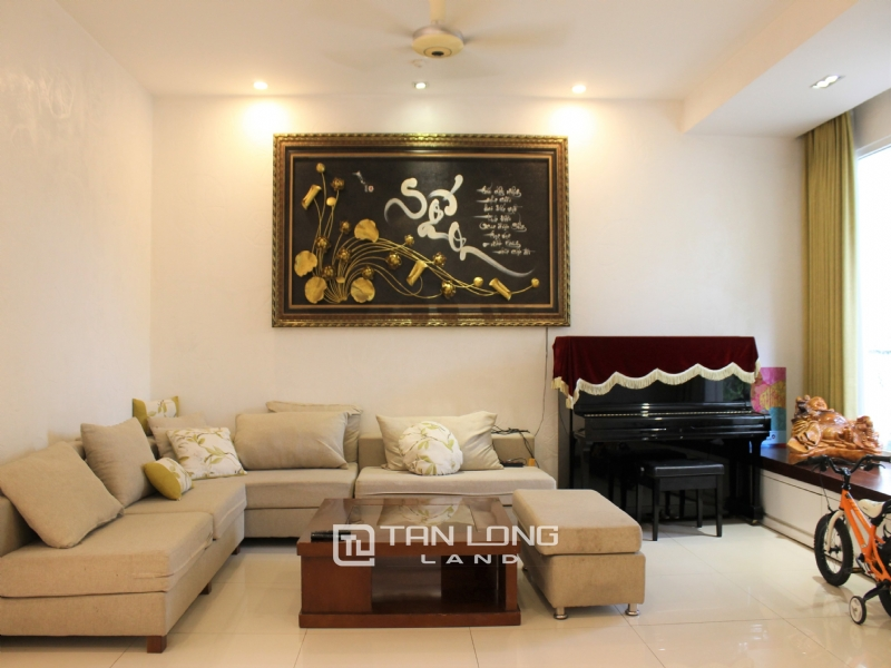 Fully Furnished 4 Bedrooms Semi- Detached Villa At Vinhomes Riverside To Lease, Next To BIS 3