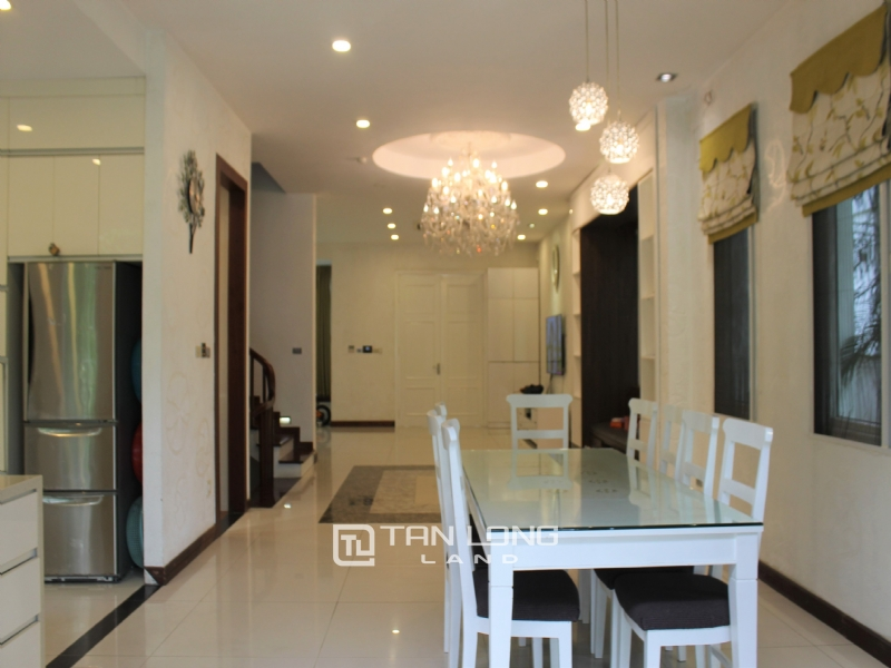 Fully Furnished 4 Bedrooms Semi- Detached Villa At Vinhomes Riverside To Lease, Next To BIS 12