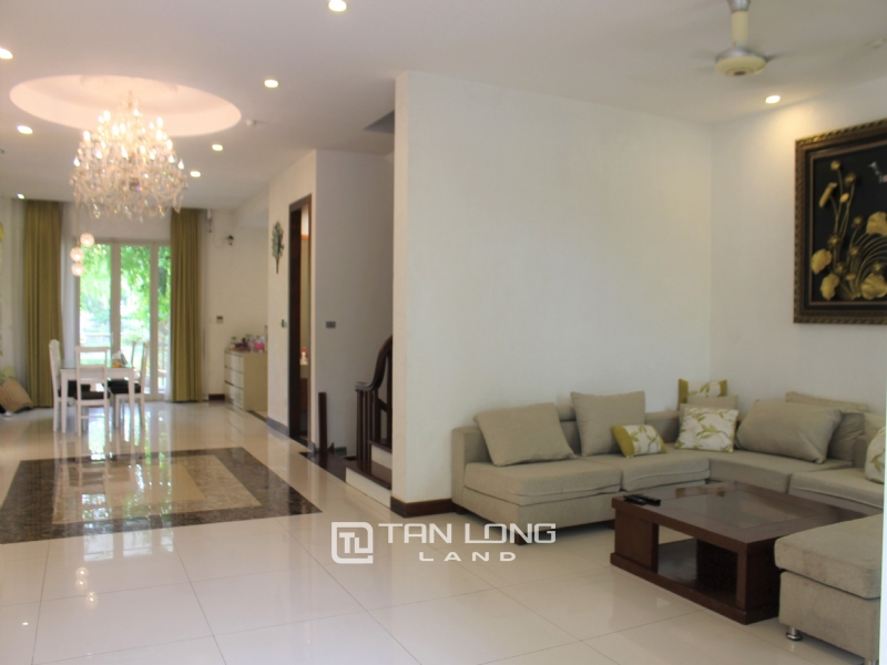 Fully Furnished 4 Bedrooms Semi- Detached Villa At Vinhomes Riverside To Lease, Next To BIS 19
