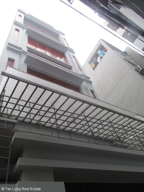 Fully furnished 5 bedroom house for rent on Trung Kinh street, Cau Giay district 2