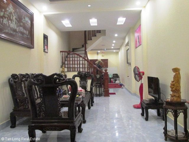 Fully furnished 5 bedroom house for rent on Trung Kinh street, Cau Giay district 3
