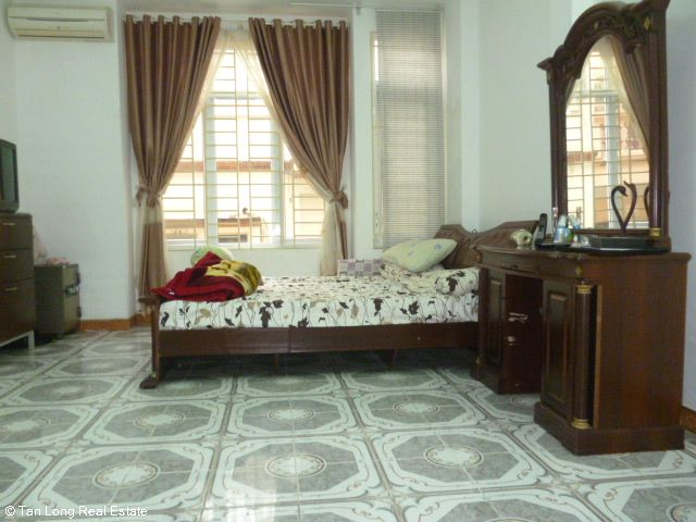 Fully furnished 5 bedroom house to rent on Do Quang street, Trung Hoa Nhan Chinh, Cau Giay district 10