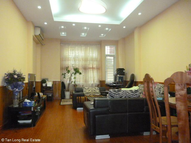 Fully furnished 5 bedroom house to rent on Do Quang street, Trung Hoa Nhan Chinh, Cau Giay district 7