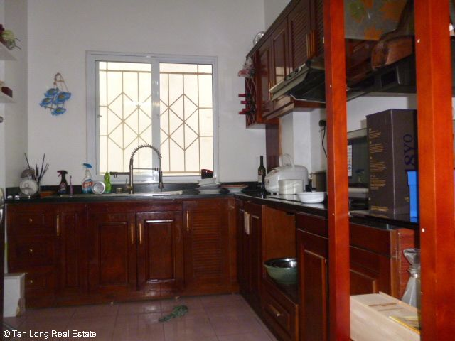 Fully furnished 5 bedroom house to rent on Do Quang street, Trung Hoa Nhan Chinh, Cau Giay district 9