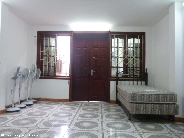 Fully furnished 5 bedroom house to rent on Do Quang street, Trung Hoa Nhan Chinh, Cau Giay district 5