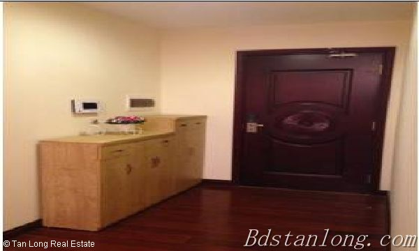 Fully furnished apartment for lease in Royal City, Thanh Xuan district 3