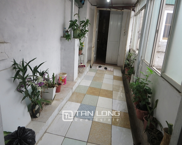 Fully furnished apartment for rent in Dinh Liet stress, Hoan Kiem district. 1