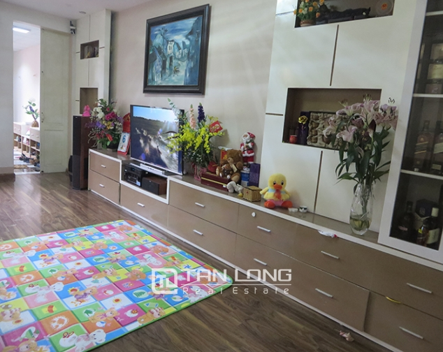 Fully furnished apartment for rent in Dinh Liet stress, Hoan Kiem district. 3