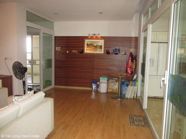 Fully furnished apartment for rent in Vuon Dao, Tay Ho district, Ha Noi. 5