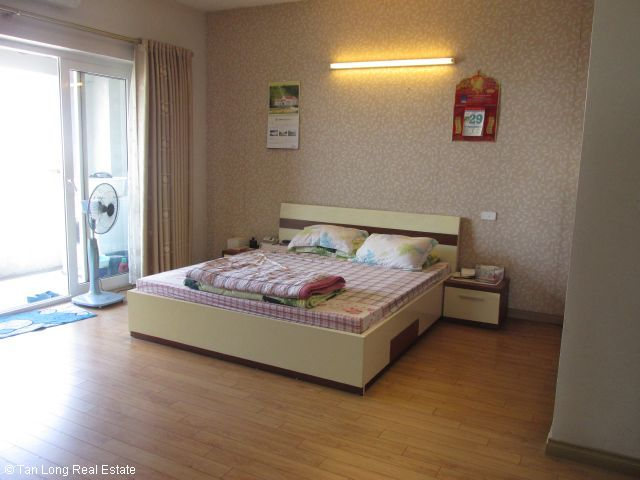 Fully furnished apartment for rent in Vuon Dao, Tay Ho district, Ha Noi. 1