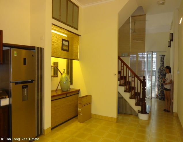 Fully furnished house for rent in Au Co street, Tay Ho District, Hanoi. 5