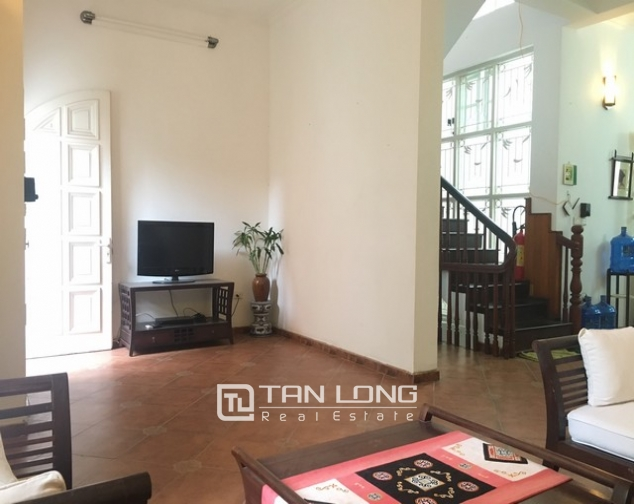 Fully furnished house for rent in Nghi Tam st, Tay Ho dist, Hanoi 6