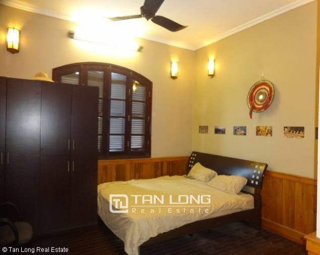 Fully furnished house for rent in Nghi Tam st, Tay Ho dist, Hanoi 8