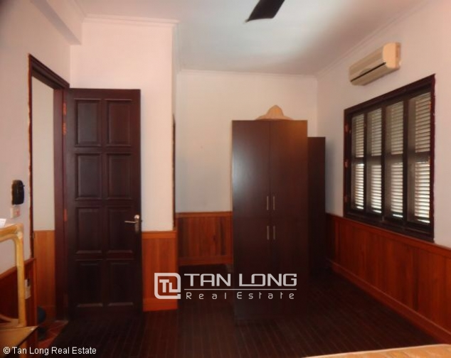 Fully furnished house for rent in Nghi Tam st, Tay Ho dist, Hanoi 2
