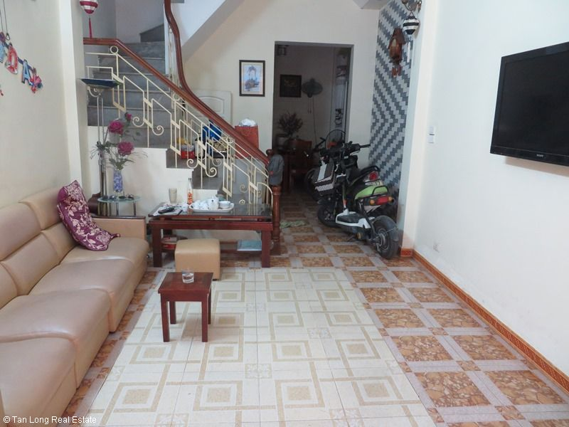 Fully furnished house for rent in Thai Ha street, Dong Da District 1