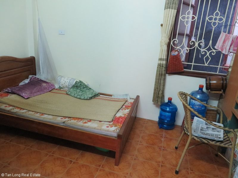 Fully furnished house for rent in Thai Ha street, Dong Da District 7