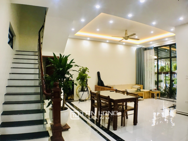 FULLY FURNISHED VINHOMES OCEAN PARK VILLA TO LEASE 3