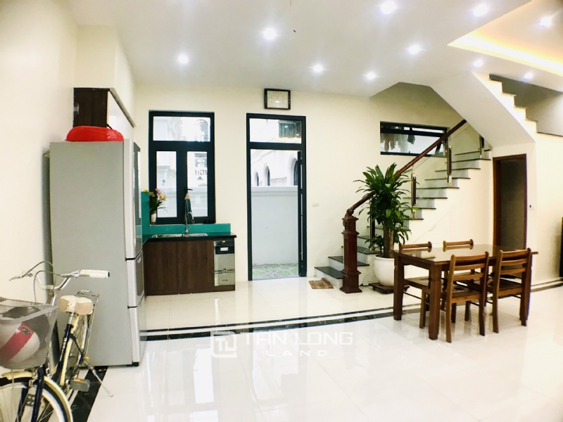 FULLY FURNISHED VINHOMES OCEAN PARK VILLA TO LEASE 6
