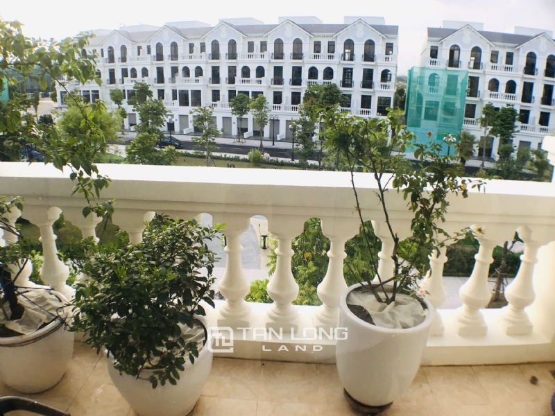 FULLY FURNISHED VINHOMES OCEAN PARK VILLA TO LEASE 10