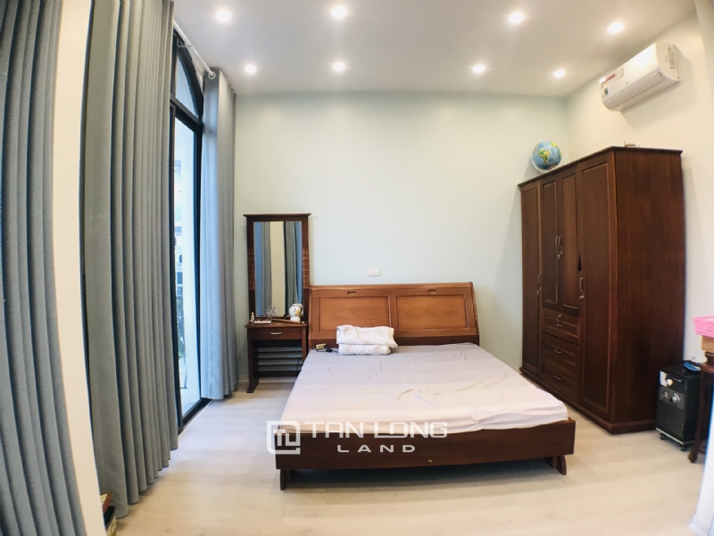 FULLY FURNISHED VINHOMES OCEAN PARK VILLA TO LEASE 14