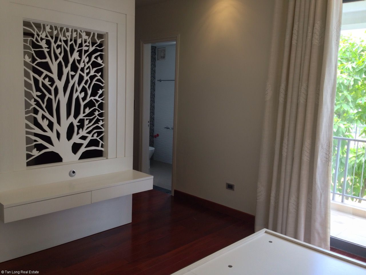 Furnished 05 bedrooms house for rent in Gamuda, Nguyen Xien street, Hoang Mai district. 1