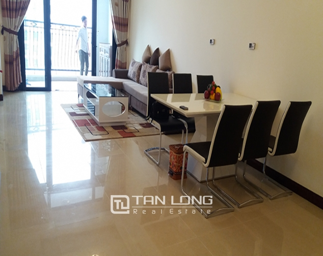 Furnished 3 bedroom apartment rental in R5 Vinhomes Royal City 2