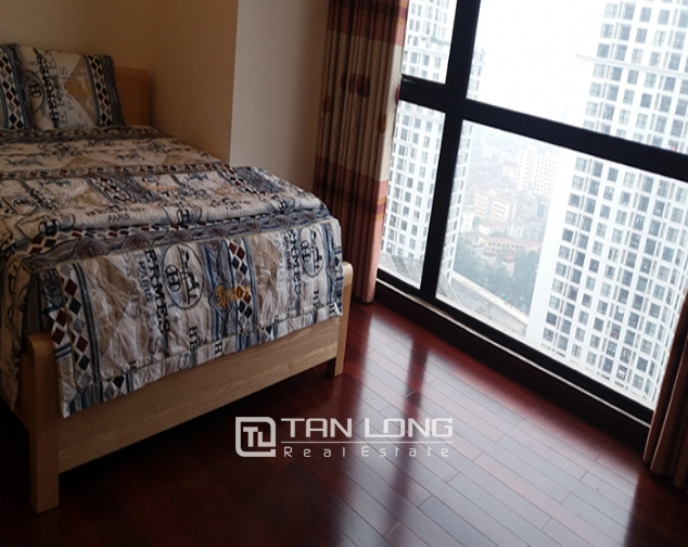 Furnished 3 bedroom apartment rental in R5 Vinhomes Royal City 4