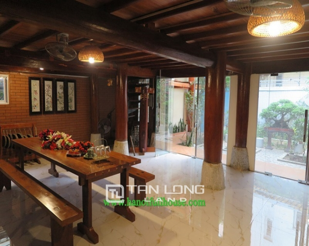 Garden house with 2 bedrooms for rent on Hoang Hoa Tham, Ba Dinh district 3