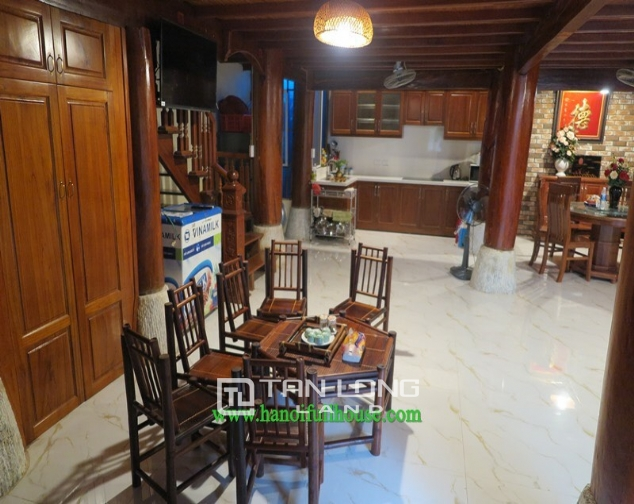 Garden house with 2 bedrooms for rent on Hoang Hoa Tham, Ba Dinh district 4