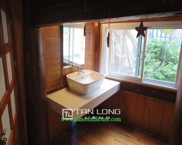 Garden house with 2 bedrooms for rent on Hoang Hoa Tham, Ba Dinh district 8