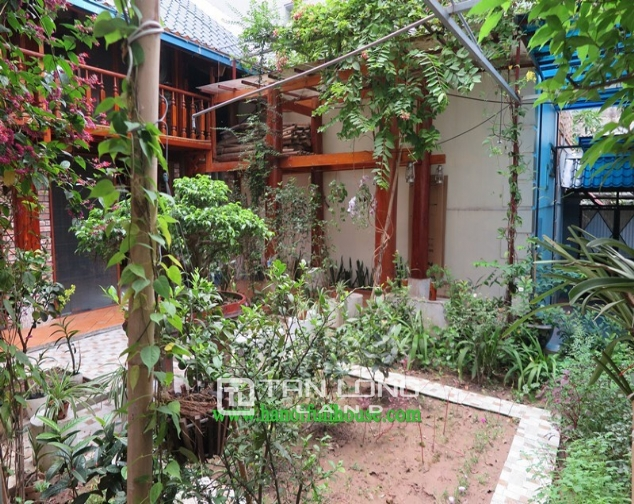 Garden house with 2 bedrooms for rent on Hoang Hoa Tham, Ba Dinh district 10
