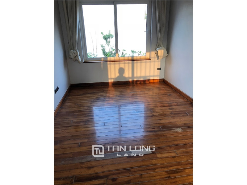 Garden house with 4 bedrooms for rent on To Ngoc Van, Tay Ho district 1