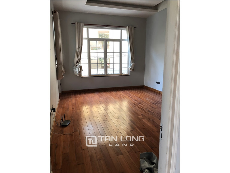 Garden house with 4 bedrooms for rent on To Ngoc Van, Tay Ho district 2