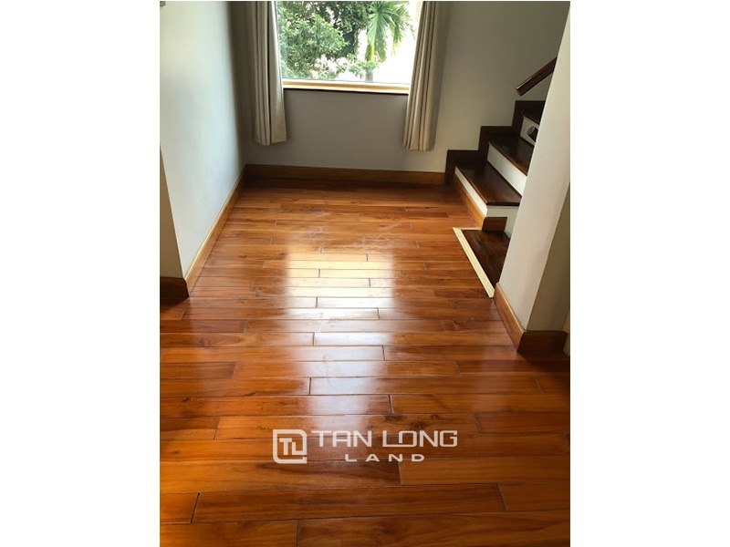 Garden house with 4 bedrooms for rent on To Ngoc Van, Tay Ho district 4