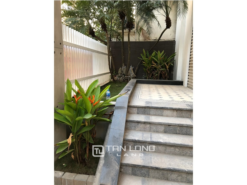 Garden house with 4 bedrooms for rent on To Ngoc Van, Tay Ho district 7