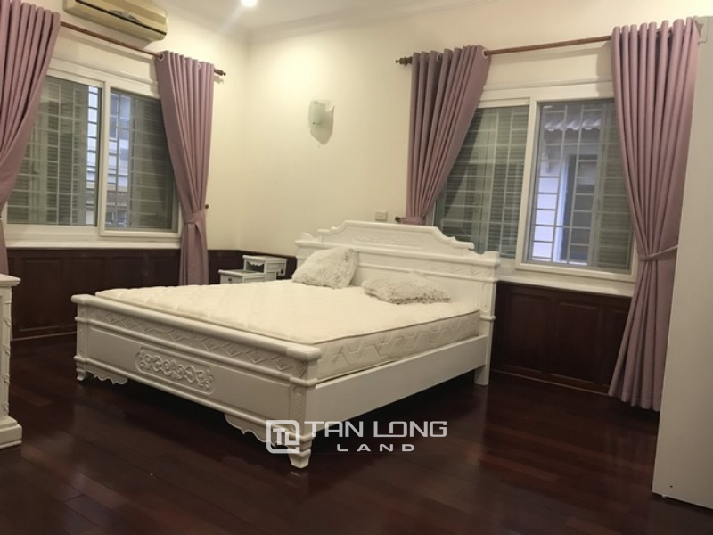 Gardening and fully furnished 4 bedroom villa for rent in G block Ciputra Tay Ho district 1