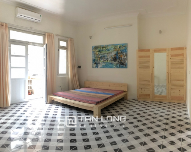 Gardening house for rent in Au Co, near Xuan Dieu str, Tay Ho distr! 8