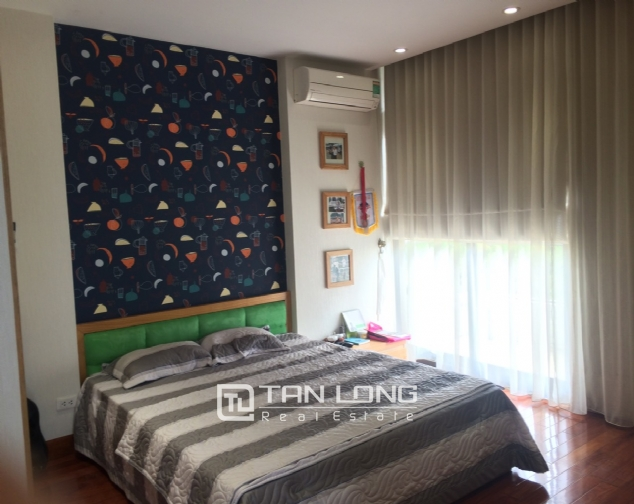 Gardening villa for rent in Nguyen Khanh Toan street, Cau Giay district! 1