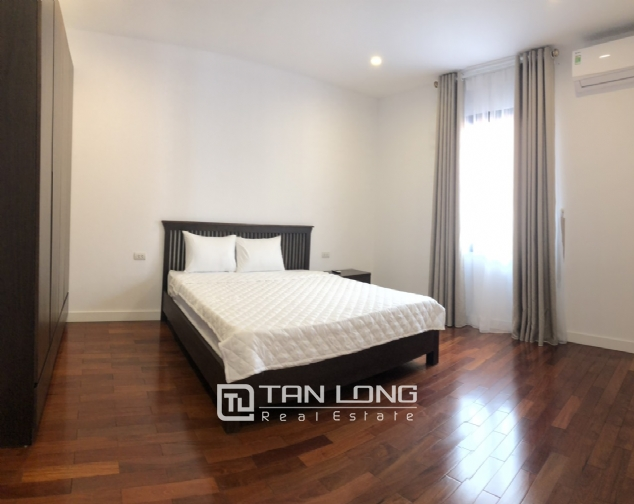 Glamorous accommodation for lease in Xom Chua, Dang Thai Mai street, Tay Ho distr 7