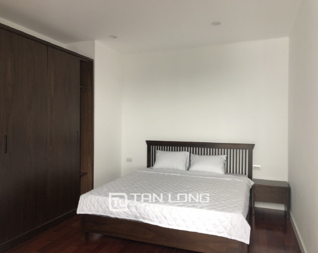 Glamorous accommodation for lease in Xom Chua, Dang Thai Mai street, Tay Ho distr 10