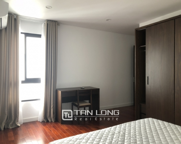 Glamorous accommodation for lease in Xom Chua, Dang Thai Mai street, Tay Ho distr 1