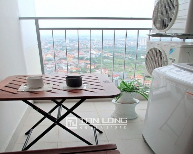 Glamorous and modern 2 bedroom apartment for rent in Mipec Riverside, Long Bien district 2