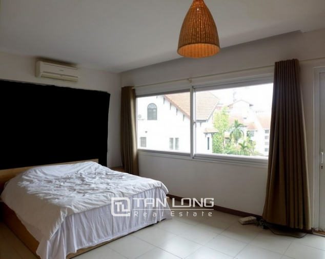 Glamorous apartment in Au Co district, Tay ho dist, Hanoi for lease 6