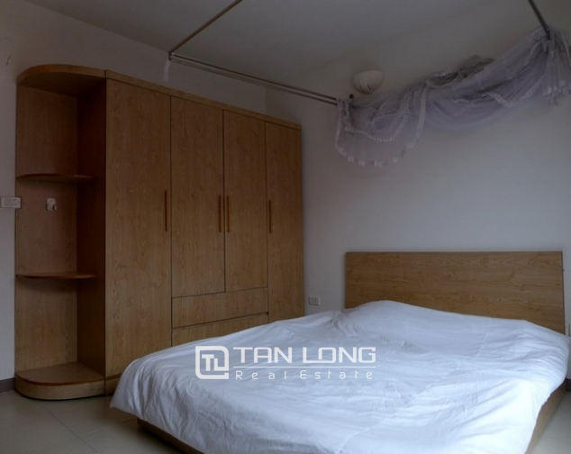 Glamorous apartment in Au Co district, Tay ho dist, Hanoi for lease 8
