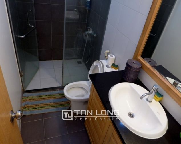 Glamorous apartment in Au Co district, Tay ho dist, Hanoi for lease 9